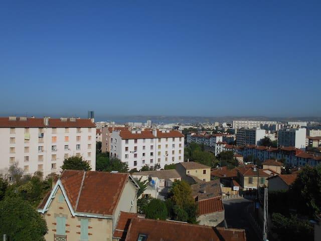 appartement aéré et lumineux avec vue sur la mer - Marseille - Leilighet