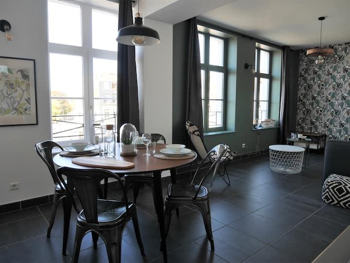 """Appartement haut de gamme, Vieux Lille """"Max Room"""""""