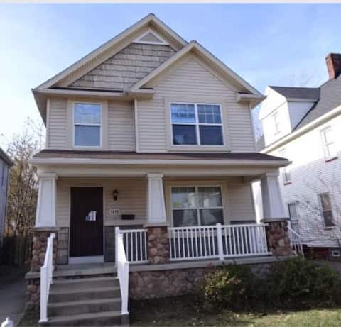 Newly Remodeled home by Cleveland Clinic, VA, Case