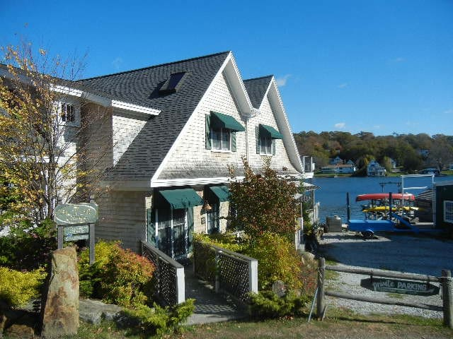Back Bay Cottage Starboard - Boothbay Harbor