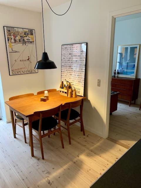 Unik lejlighed ved Søndersø og by liv.