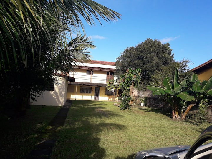 Casa em Caraguatatuba  -Porto  Novo  150 MTS PRAIA