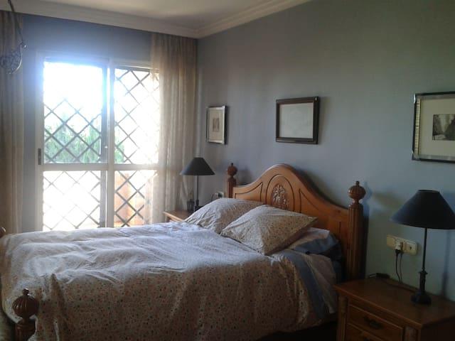 Soleada habitación. - Lorca - Chalet