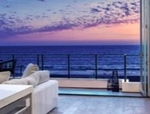Oceanside Paradise, Breathtaking Views
