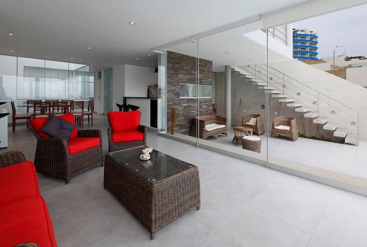 Second Floor Apartment Facing the SEA - Лима - Квартира