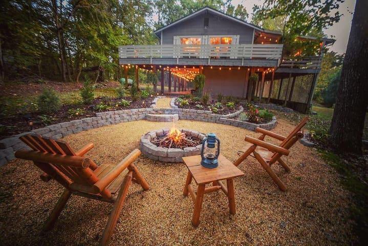 Cane Creek Cottage at Fall Creek Falls