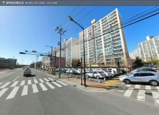 Hyundai Family Seobu Apartment 현대패밀리 서부아파트