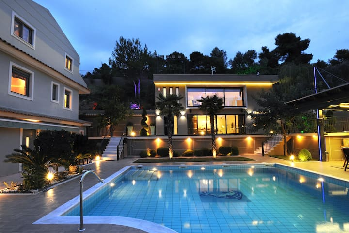 Mando Luxury Resort, Villa Iris - Porto Rafti