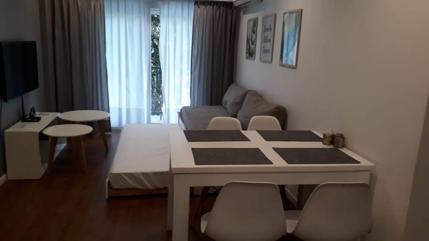Honduras, Great Location, Sunny & New Apartment.