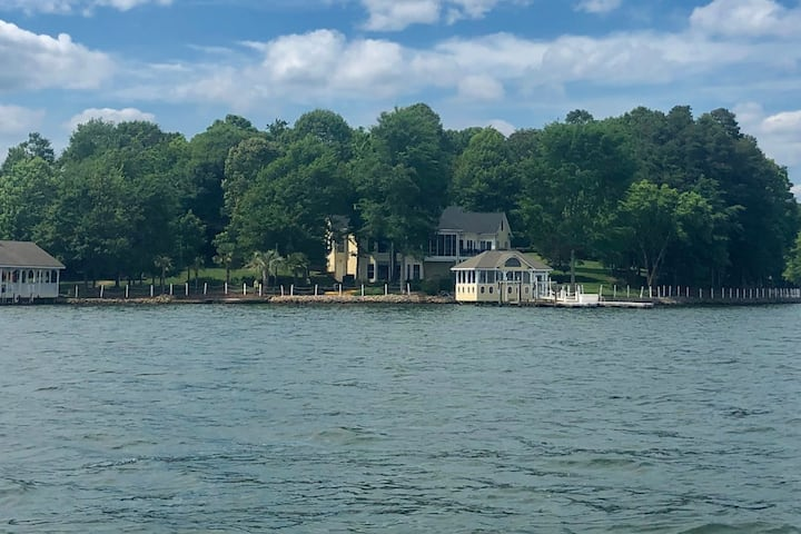 Lake Norman's Finest Rental Home