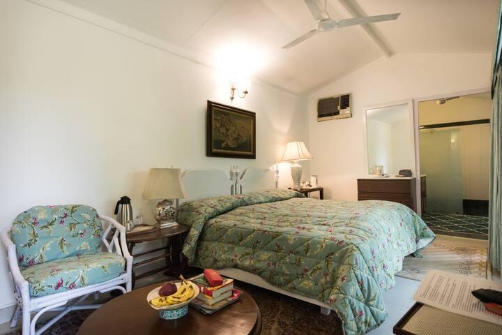 Bedroom (Room No.1)