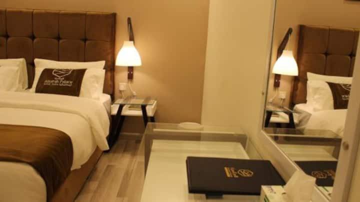 قصر السراة للأجنحة الفندقية ( جناح تنفيذي )