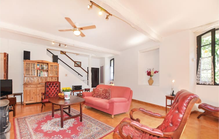 Semi-Detached with 3 bedrooms on 150m² in Finestret