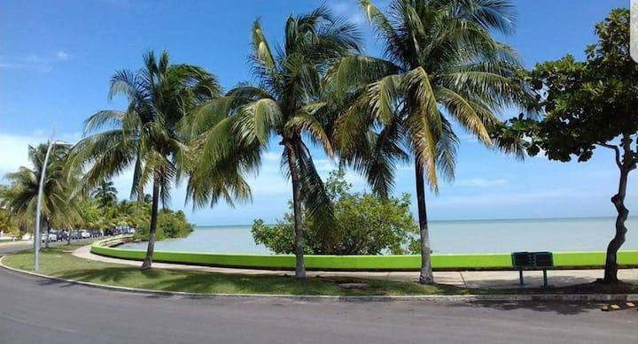 Céntrico Vista a la Bahía  frente al Boulevard