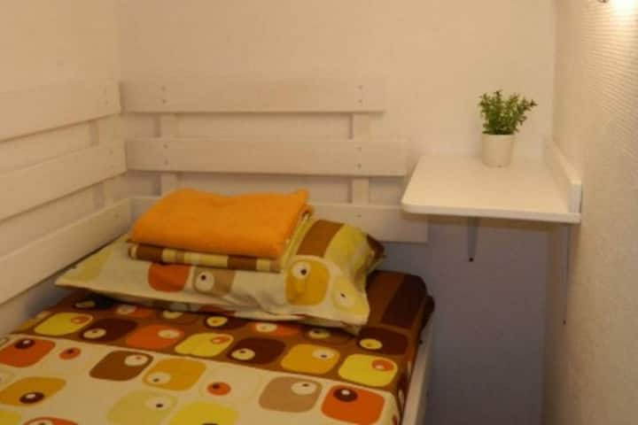 Single room-box in The Georgehouse Hostel