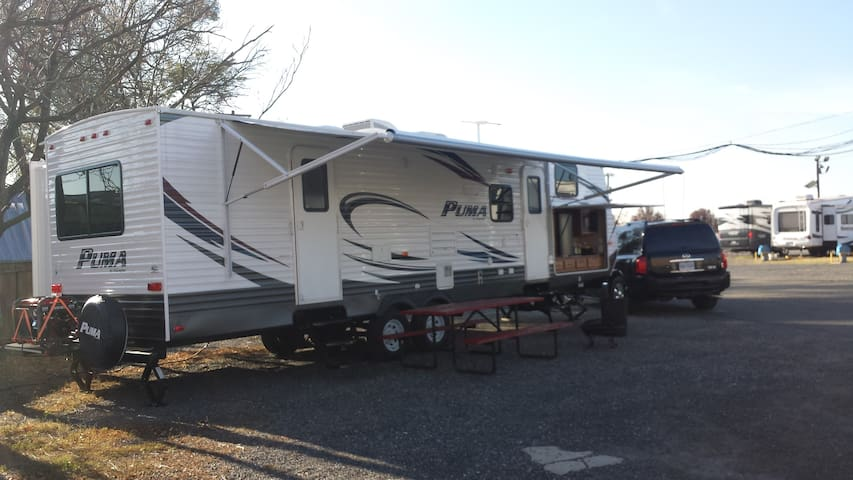 Trailer RV (Private)