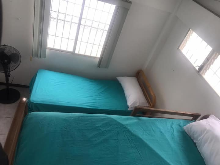 Residencia en Salinas, de tres dormitorios