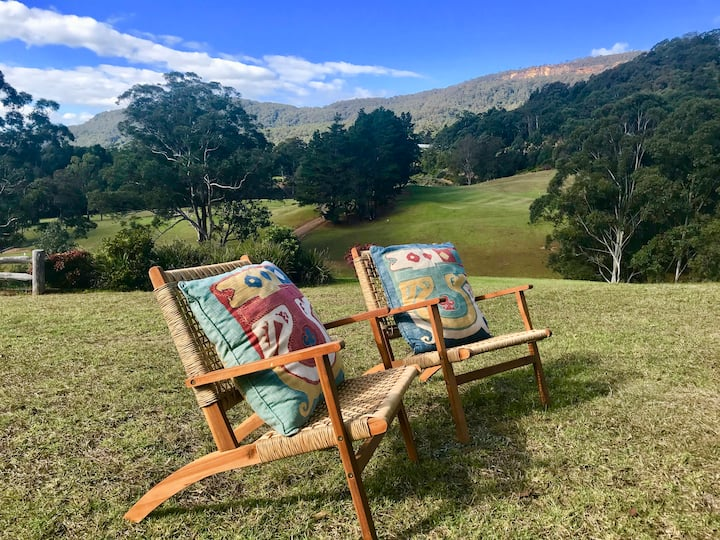Martha's Villa - panoramic, peaceful location
