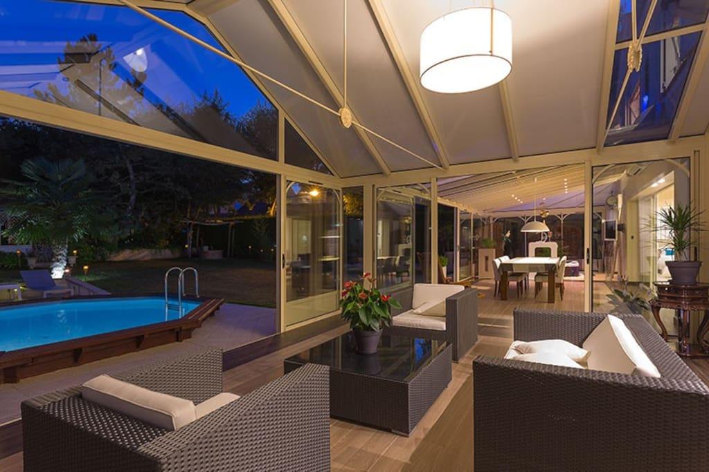 Villa de luxe proche de disneyland et paris maisons for Villa de luxe paris