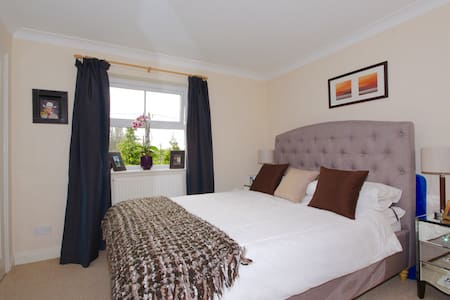 1 double bedroom to rent in Oxford - Kidlington