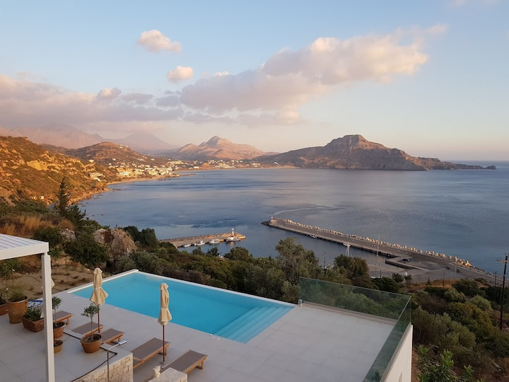 Villa Myrtare - incredibly beautiful views!