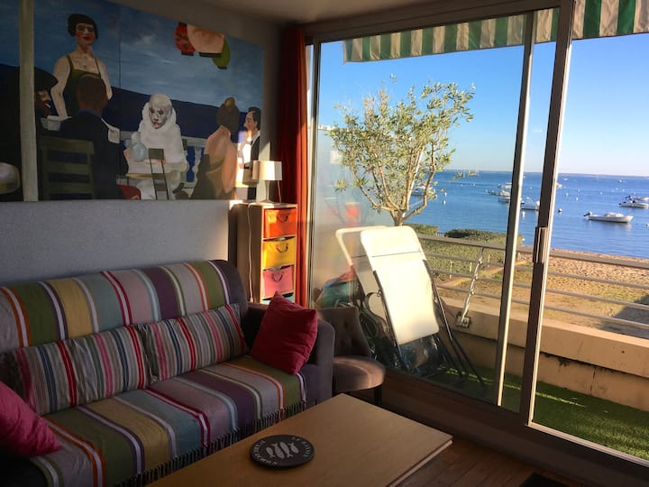 Arcachon: sea view from your bed!