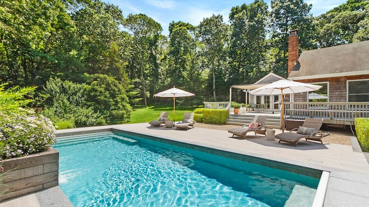 New Listing: Beautiful, new design with tons of natural light, beautiful pool, and great location in Sag Harbor