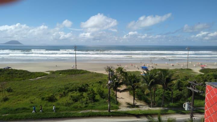 Linda Praia de Boraceia Bertioga (apto terreo)