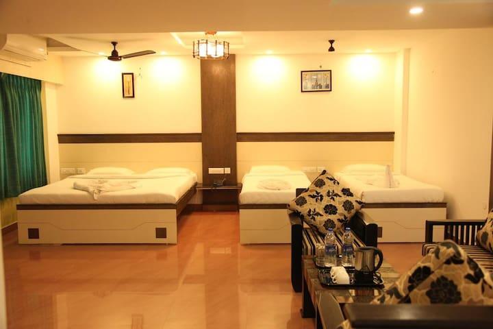 Luxury retreat at Salem