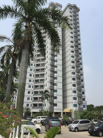 """""""Cozy and comfy condo in the West of Jakarta"""""""