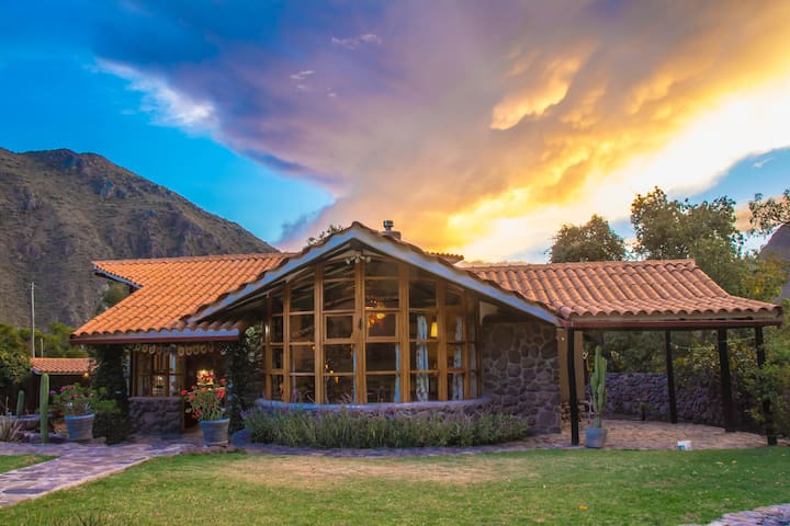 "SACRED VALLEY, PERU ""Casa IntiTiki"""