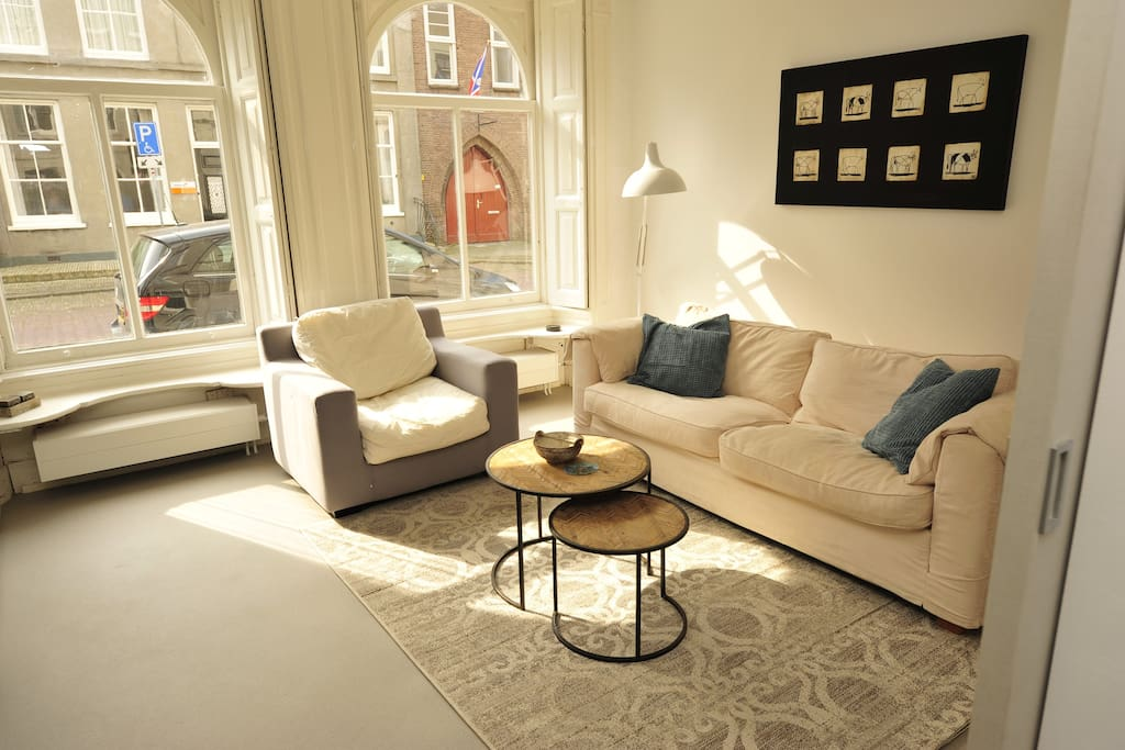 Living room with view on the street