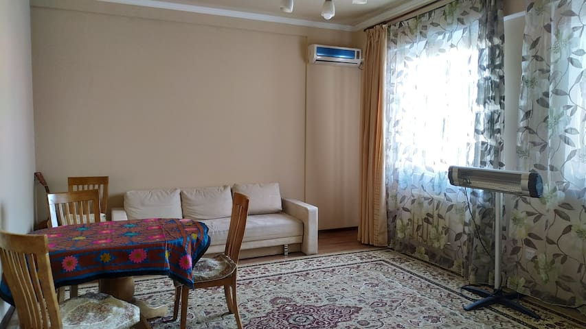 Spacious 3-room apartment in a new house in center