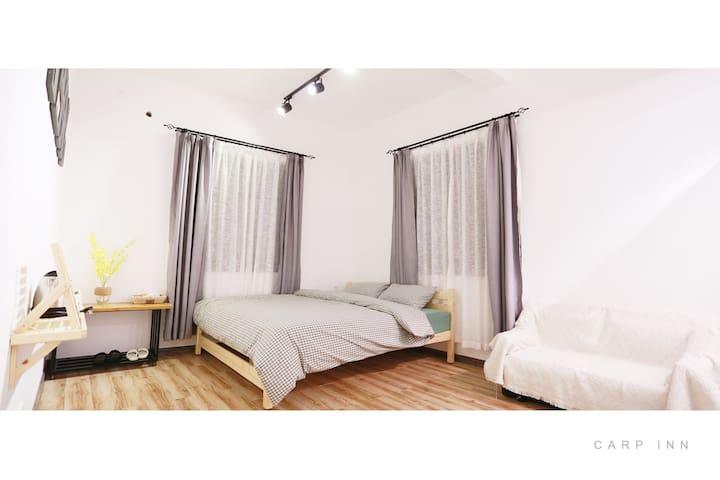 【房间很大1.8m床-靠近开元寺】