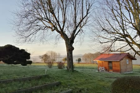 Very nice little chalet in the heart of Burgondy