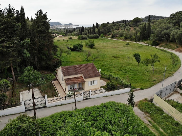 Corfu,Юраня House
