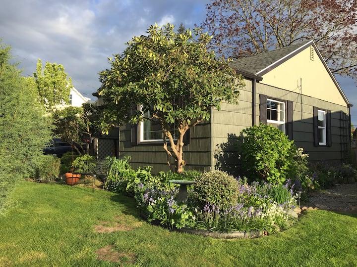 Cozy Hilltop Bedroom with Garden View