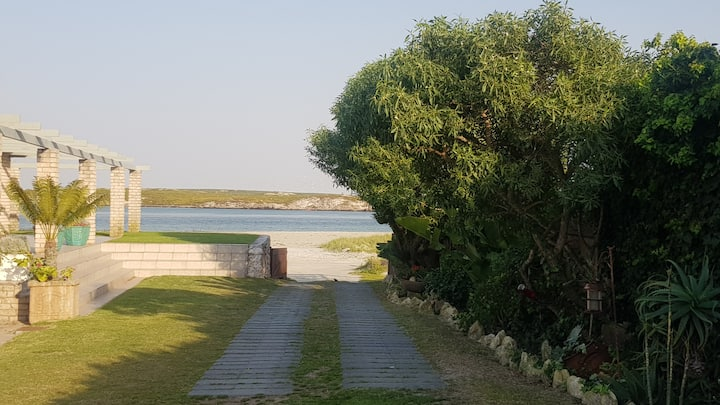 Water's Edge - Beach on your doorstep, Langebaan ☼