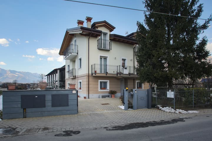 Villa Gioiosa appartamento Allegrezza - Piantedo