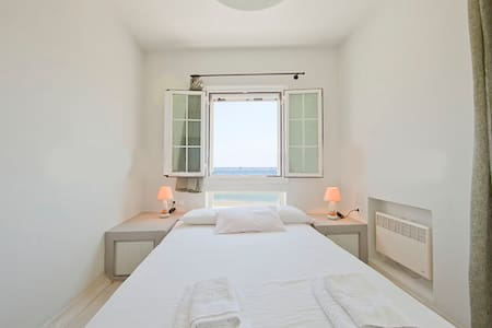 Sea Light Aparments / Agios Sostis