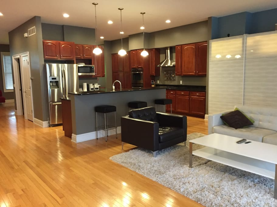 1st floor living room and kitchen