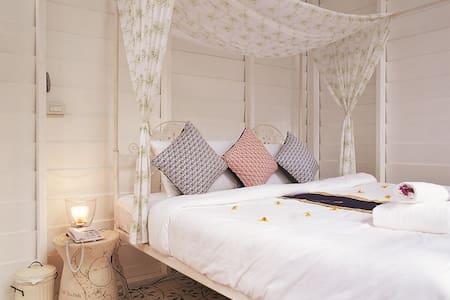 Romantic Villa at Chiang Mai!