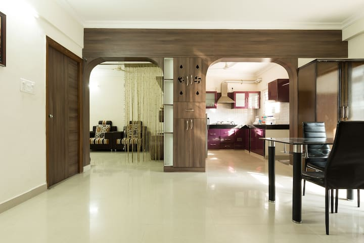 Cozy private room in Hitech city - Hyderabad - Apartment