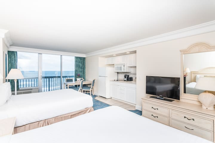 Daytona Beach Resort - Ocean Front Standard - 2 Queens · Sleeps (4)