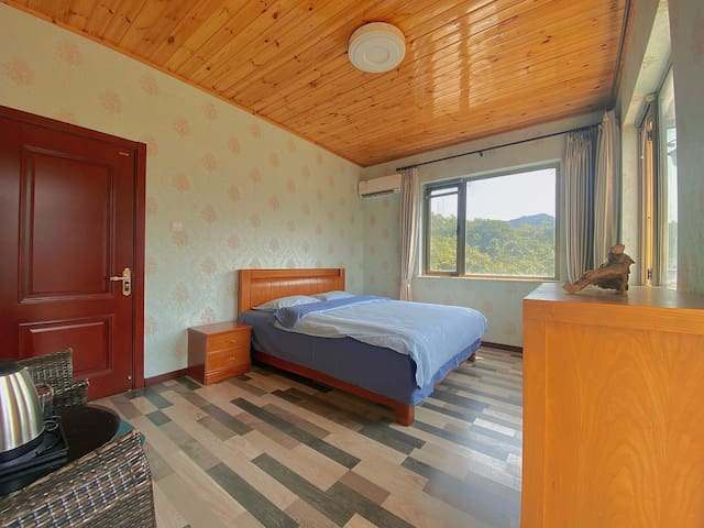 Spálňa 4