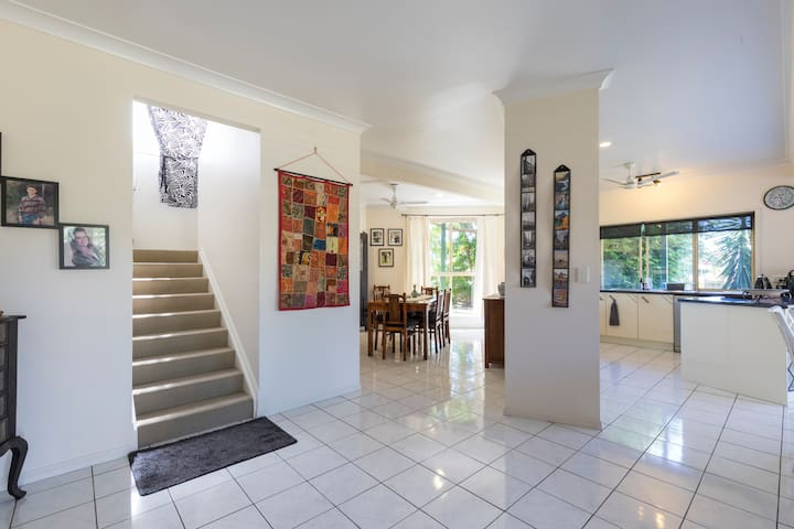 Luxury Single/Private Bathroom - Mooloolaba - Bed & Breakfast