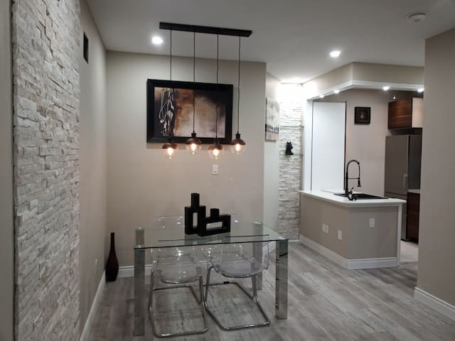 2nd Floor Modern & Luxurious Private Apartment