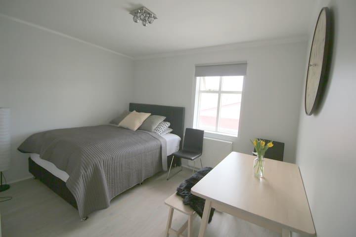 Modern apartment in central Akureyri