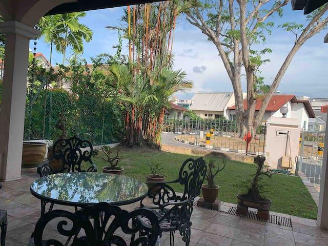 新加坡联排漂亮别墅体验新加坡风情!