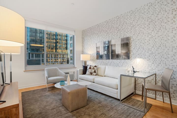 Modern Apartment In Jersey Near Path Train to NYC